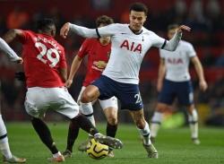 Học trò HLV Mourinho bị cấm đá trận gặp M.U vì hành vi đáng xấu hổ