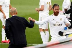 Thầy trò Zidane - Ramos cùng đi vào lịch sử bóng đá Tây Ban Nha