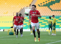 Maguire ghi bàn trong hiệp phụ đưa Man United tiến vào bán kết FA Cup