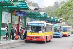 Hàng loạt tuyến buýt phải điều chỉnh lộ trình phục vụ sửa chữa mặt cầu Thăng Long