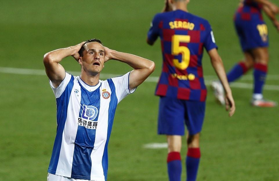 thang toi thieu espanyol barcelona ap sat ngoi dau cua real madrid