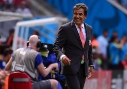 Đấu Việt Nam, HLV UAE thích pha trộn bóng đá Nam Mỹ, Đức, Ý, Anh