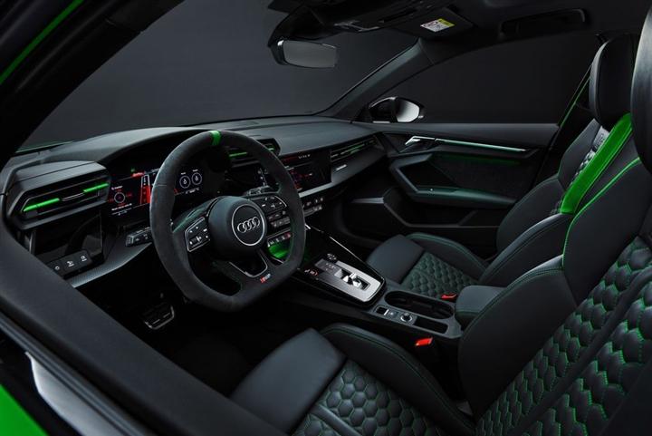 Audi RS3 2022 ra mắt với hiệu suất đáng gờm - 4