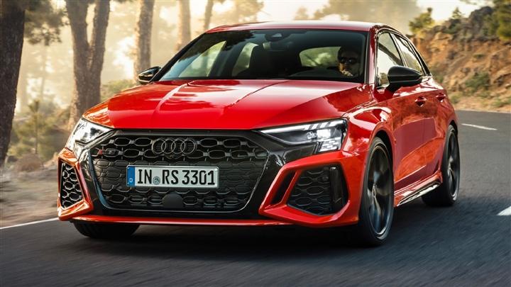 Audi RS3 2022 ra mắt với hiệu suất đáng gờm - 2