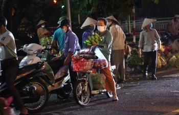 Chủ tịch Hà Nội: Người dân ra đường còn đông so với kỳ vọng thực hiện giãn cách
