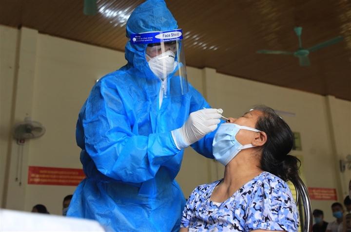 Hà Nội thêm 10 người dương tính SARS-CoV-2 tại 6 ổ dịch  - 1