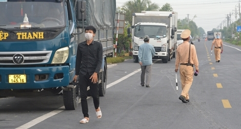 Tập huấn kỹ năng phòng, chống dịch cho tài xế vận chuyển hàng hóa