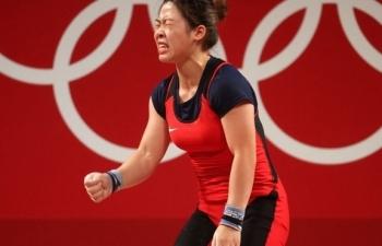 Hoàng Thị Duyên trắng tay ở Olympic Tokyo, HLV xin lỗi người hâm mộ
