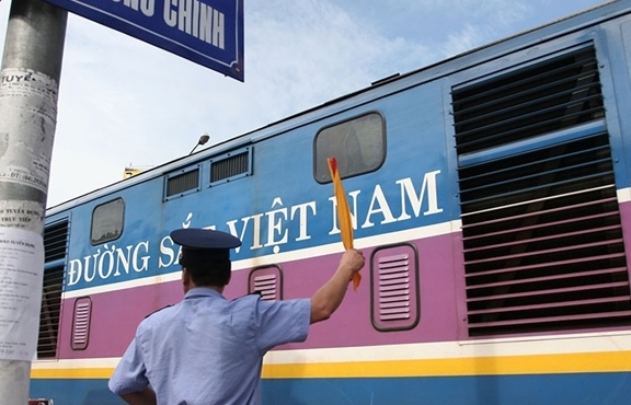 Kiến nghị cơ cấu lại Tổng công ty Đường sắt Việt Nam