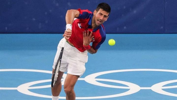 Djokovic thắng dễ, hẹn Nishikori ở tứ kết Olympic Tokyo - 3