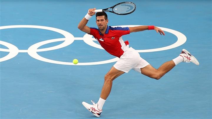 Djokovic thắng dễ, hẹn Nishikori ở tứ kết Olympic Tokyo - 1