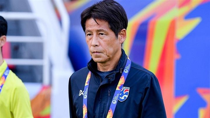 Tuyển Thái Lan sớm tan mộng World Cup, HLV Nishino bị sa thải - 1