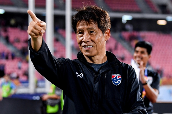 Sa thải HLV Nishino, bóng đá Thái Lan vỡ mộng châu Á - 1