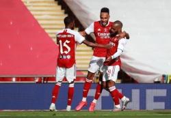 aubameyang lap cu dup arsenal ha chelsea de vo dich fa cup 2019 2020