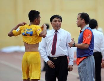Bầu Đệ phải giải trình vụ Thanh Hoá dọa bỏ V.League 2020