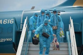 Hai chuyến bay đầu tiên đưa 400 khách ở Đà  Nẵng về Hà Nội
