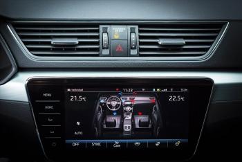 Khi nào nên tắt điều hòa ôtô để tránh làm hại xe?