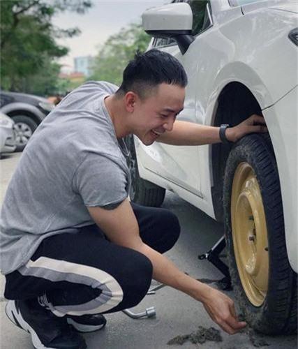 kham pha loat xe hop tri gia hang ti dong cua dan dien vien ve nha di con