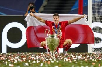 Lewandowski được tôn vinh sau mùa giải xuất sắc