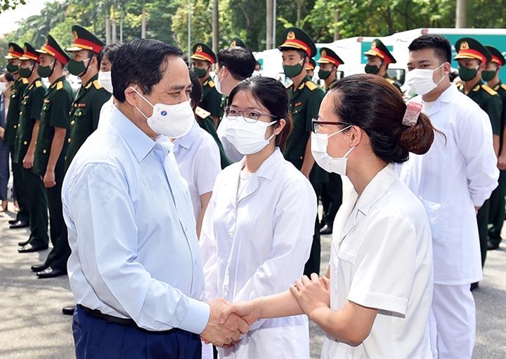Thủ tướng gửi thư động viên các lực lượng tuyến đầu chống dịch COVID-19 - 1