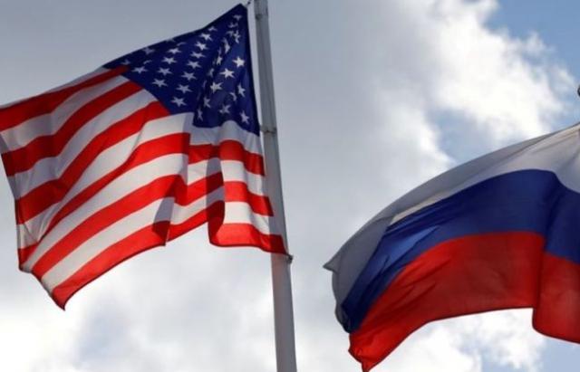 """Nga """"thất vọng"""" vì Mỹ đột ngột thắt chặt chính sách thị thực"""
