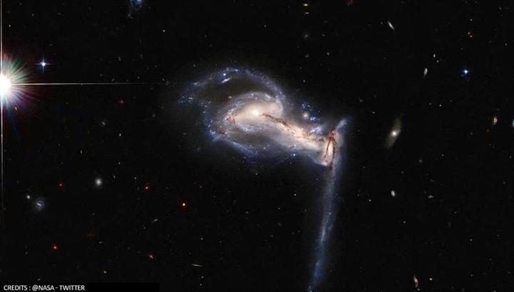 Ngoạn mục hình ảnh 3 thiên hà giằng co, xâu xé nhau - 1
