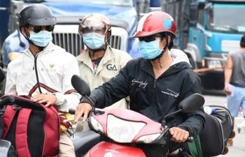 Hơn 8.700 người chạy xe từ tâm dịch phía Nam về Quảng Ngãi, 59 ca mắc COVID-19