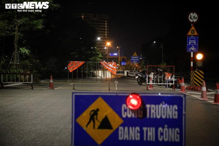 Hà Nội: Xuyên đêm sửa hầm Kim Liên sau 12 năm đưa vào vận hành - 1