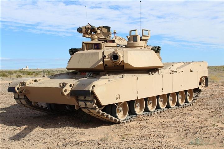 Ba Lan mua xe tăng Mỹ, lực lượng Nga ở Kaliningrad lâm vào thế khó - 1