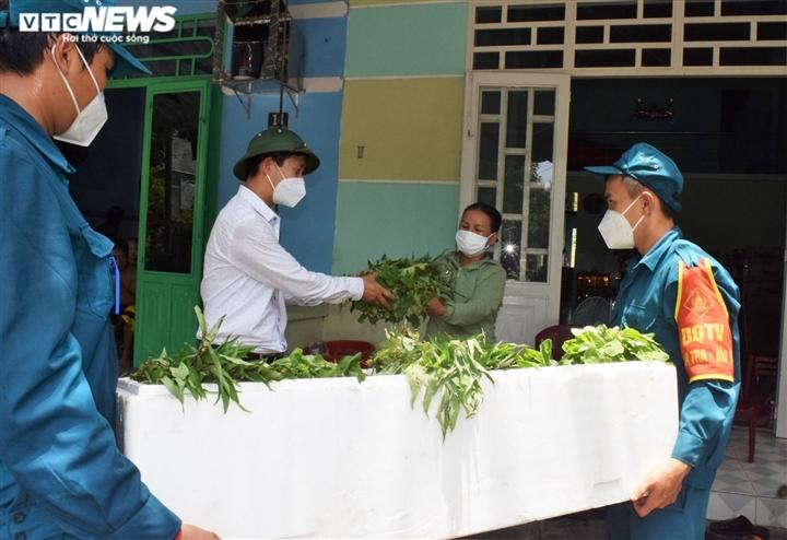 Đà Nẵng kêu gọi người có điều kiện giúp đỡ hộ khó khăn trong khu dân cư - 1