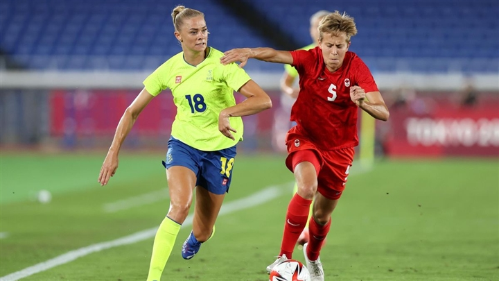 Olympic Tokyo: Đánh bại Thụy Điển, Canada giành huy chương vàng bóng đá nữ - 1