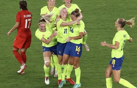 Olympic Tokyo: Đánh bại Thụy Điển, Canada giành huy chương vàng bóng đá nữ