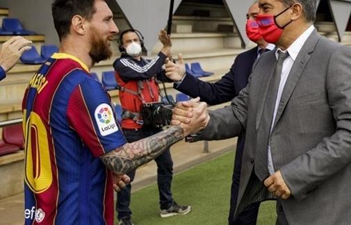 CĐV Barca tri ân Messi theo cách chưa từng có