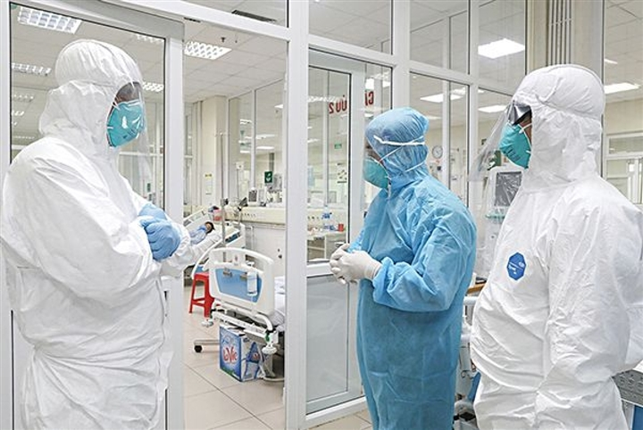 Người đàn ông ở Hà Nội dương tính SARS-CoV-2 sau 5 ngày sốt, ho khan