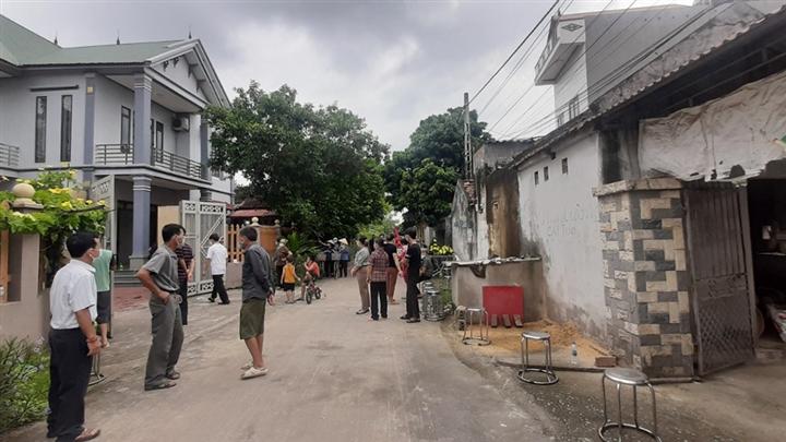 Bắc Giang: Cả gia đình bị gã hàng xóm truy sát, 3 người thương vong - 1