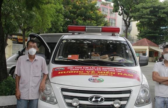 Rời điểm nóng Bắc Giang, 2 cha con quê Quảng Bình tình nguyện Nam tiến chở F0