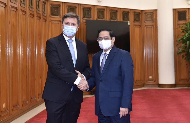 Ba Lan tặng và nhượng lại cho Việt Nam hơn 3,5 triệu liều vaccine phòng COVID-19 -0