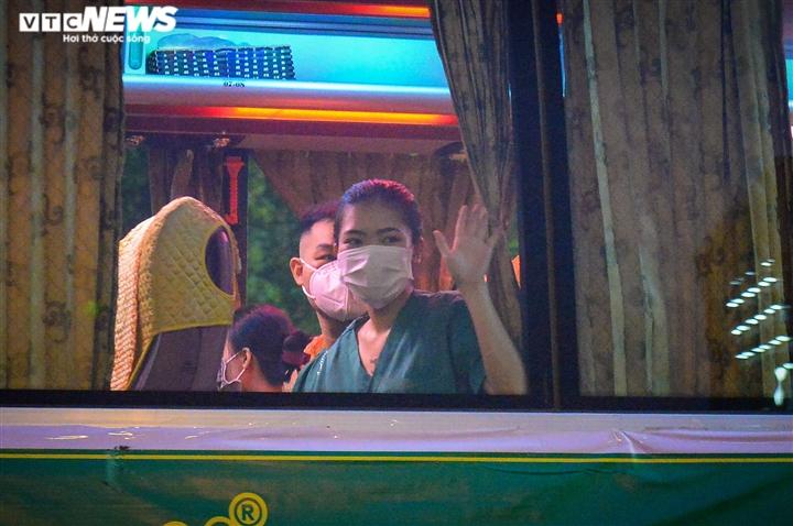 Ảnh: Gần 1.500 thầy trò trường Cao đẳng Y tế Bạch Mai vào TP.HCM chống dịch - 13