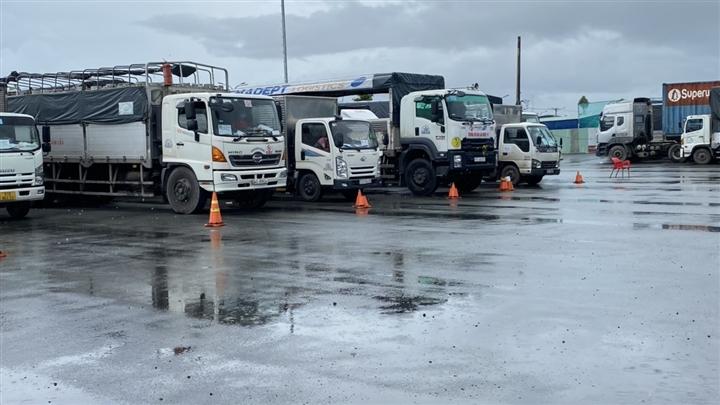 Phải đăng ký trước khi đến, nhiều xe luồng xanh ùn ứ ở cửa ngõ Cần Thơ - 2