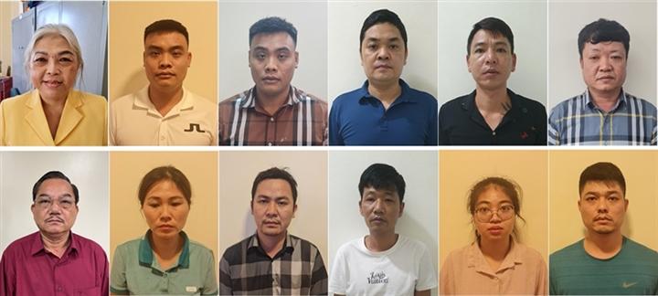 Anh em 'đại gia' lan đột biến bị bắt: Danh tính 10 đồng phạm buôn lậu than - 1