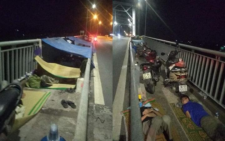 Nhiều người bị 'mắc kẹt' ở cửa ngõ Thái Bình: Chính quyền lên tiếng - 1