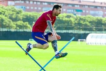 Lionel Messi, kỳ quan của bóng đá và tinh thần không bao giờ lùi bước