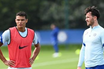 2 hậu vệ tân binh Chelsea cùng xuất hiện trước đại chiến với Liverpool