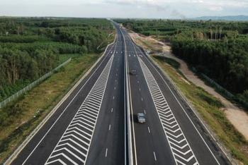 Đồng loạt khởi công ba đoạn dự án cao tốc Bắc- Nam bằng vốn ngân sách