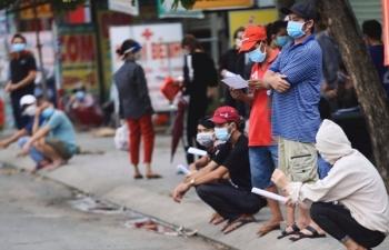 Bình Dương tạm ngưng cấp giấy thông hành mới cho người dân