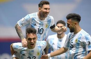 Lập kỷ lục mới, Messi vượt mặt Pele