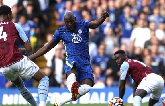 Lukaku rực sáng, Chelsea bay cao ở Ngoại hạng Anh