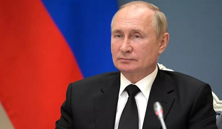 Tổng thống Putin phải tự cách ly  - 1