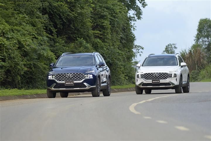 Hyundai An Khánh triển khai ưu đãi cho khách hàng mua xe SantaFe - 1