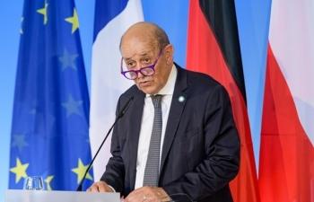 Leo thang căng thẳng, Pháp triệu hồi đại sứ tại Mỹ và Australia